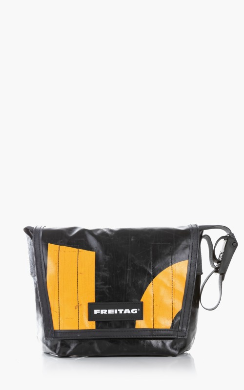 Freitag F11 Lassie Messenger Bag Classic S Black 6-2