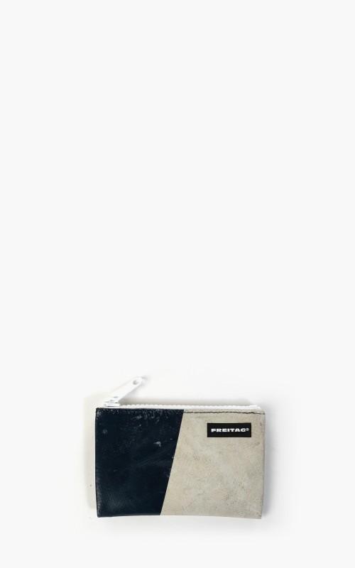 Freitag F05 Blair Pouch XS White 6-4